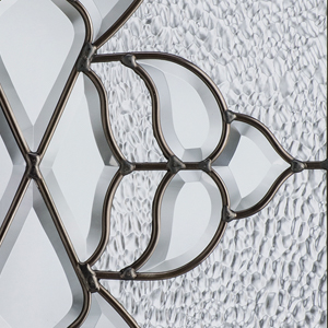 Oak Collection™ Glass Image
